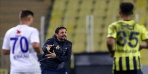 Fenerbahçe Teknik Direktörü Erol Bulut: Hafta sonunda büyük ihtimal kalemizde Oytun olacak