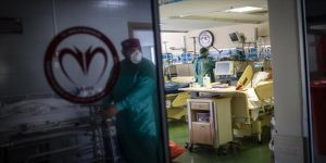 Türkiye'de son 24 saatte 20 bin 316 kişinin Kovid-19 testi pozitif çıktı, 246 kişi hayatını kaybetti