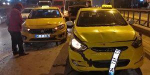 Gebze Beylikbağı Mahallesi D-100 karayolunda kaza meydana geldi