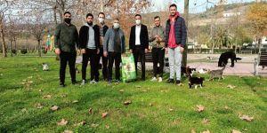 Başkan Şayir, can dostları unutmadı