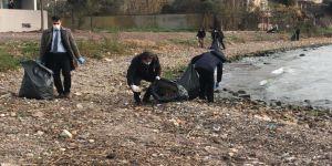 Körfez'de kıyıdan 200 kilogram atık toplandı