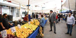 Kartepe'de pazar yerlerine yılsonu düzenlemesi