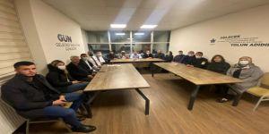 Gelecek Körfez'de Türker,İlçe başkanlığını devretti