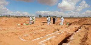 Libya'nın 'toplu mezarlar kenti' Terhune'de bulunan cesetlerin kimlik tespiti çalışmaları sürüyor