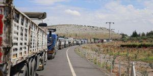 Birleşmiş Milletlerden İdlib'e 86 tır insani yardım