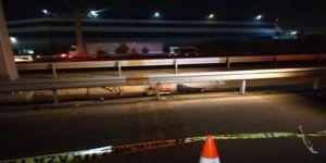 Gebze Tem'de,yolun karşısına geçmeye çalışan kişiye araç çarptı