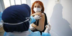Sağlık Bakanı Koca: 830 bin sağlık çalışanı Kovid-19 aşısının ilk dozunu oldu