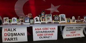 Terör örgütü PKK Diyarbakır annelerinin evlat nöbetini iftiralarla karalamaya çalışıyor
