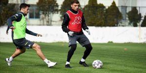 Denizlispor ilk yarıyı Fatih Karagümrük maçıyla tamamlayacak