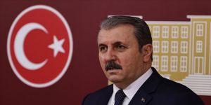 BBP Genel Başkanı Destici: CHP'nin bazı temsilcilerinin vali ve kaymakamlara 'militan' suçlamasında bulunması bühtandır