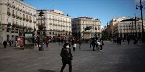 İspanya Kovid-19'un etkisiyle 2020'de turizmde en kötü yılını geçirdi