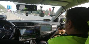 Trafik polisleri 3 günde 31 bin 302 aracın hız ihlali yaptığını tespit etti