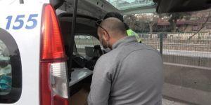 Alkollü araç kullanırken ehliyetini kaptıran avukat direksiyon başında yakalandı