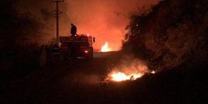Kastamonu'da orman yangını mahalleye sıçradı