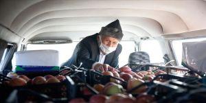 'Elmacı Dede' Kayseri 1. Komando Tugayını unutmadı