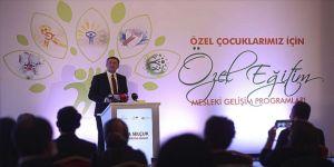Milli Eğitim Bakanı Selçuk 'Özel Eğitim Mesleki Gelişim Programları'nı tanıttı