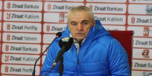 Sivasspor Teknik Direktörü Çalımbay: Mağlubiyeti hak edecek bir oyun oynamadık