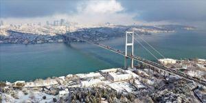 İstanbul Valiliği pazar günü beklenen kar yağışıyla ilgili alınan önlemleri duyurdu