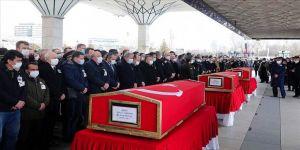Pençe Kartal-2 Harekatında şehit olan askerler son yolculuklarına uğurlandı