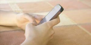 Cep telefonlarının, çocuklar için 'muhtemel kanserojen' olduğu belirlendi