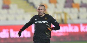 Umut Bulut, Süper Lig tarihine geçmeye hazırlanıyor
