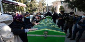 Eskişehir'de evlerinde eşiyle ölü bulunan baba ile oğlunun güvenlik kamerası görüntüleri ortaya çıktı