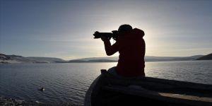 Beyaza bürünen zirvedeki Aygır Gölü fotoğraf tutkunlarını ağırlıyor