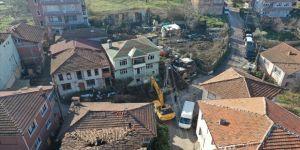 Marmara Depremi'nin merkez üssü Kocaeli 'ağır hasarlı bina' yükünden kurtuluyor