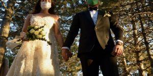 Salgının etkisiyle evlenen çift sayısı 20 yılın en düşük seviyesine geriledi
