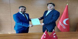 Mutlu, Latif Gökhan Durtaş'a İlçe Başkanlığı görevini tevdi etti
