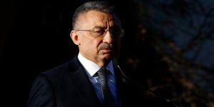 Cumhurbaşkanı Yardımcısı Oktay: Hocalı'da 29 yıl önce yaşanan vahşet yürekleri dağlamaya devam ediyor