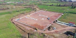 Kullar futbol sahasının zemin işleri yapılıyor