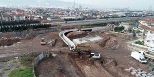 İlimtepe'ye ulaşımı rahatlatacak yolda otoyol geçiş köprüsü yapılıyor