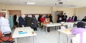 Darıca'da KİGEM ile 7'den 70'e herkes eğitim görüyor