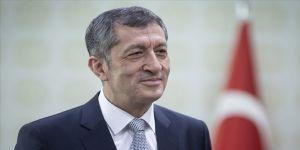 Milli Eğitim Bakanı Selçuk'tan çocukları düşünerek kontrollü davranma çağrısı