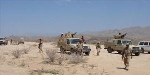 Yemen'de hükümet güçleri, İran destekli Husilerin saldırılarına rağmen stratejik Marib'i koruyor