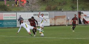 Gölcükspor ligin 25. haftasında Osmaniyespor Futbol Kulübü'nü ağırladı