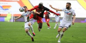 Gaziantep, Yukatel Denizlispor'u 2 golle geçti