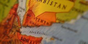 Yemen'de hayat pahalılığını protesto eden göstericiler hükümet sarayına girdi