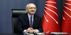 CHP Genel Başkanı Kılıçdaroğlu down sendromlular ve aileleriyle görüştü