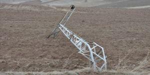 Yozgat'ta hortum hasara neden oldu