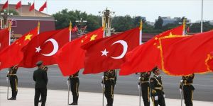 Uzmanlar Çin Dışişleri Bakanı Vang'ın Türkiye ziyareti öncesinde iki ülke ilişkilerini değerlendirdi