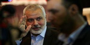 Hamas lideri Heniyye, Parlamentolar Arası Kudüs Platformu Başkanı ile Kudüs'ü ve seçimleri görüştü