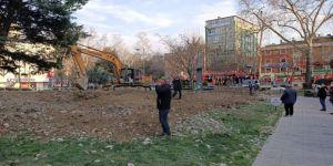 Tehlike arz eden Tekel Duvarı yıkıldı