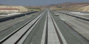 Karayolları Genel Müdürlüğü bu yıl 59 kilometre otoyol, 361 kilometre bölünmüş yol yapacak