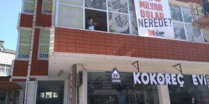 CHP Darıca'nın astığı afiş, indirildi