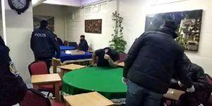 Kocaeli'de Sokağa çıkma yasağında oyun oynarken yakalandılar