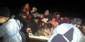 Çanakkale açıklarında Yunanistan unsurlarınca geri itilen 18 göçmen kurtarıldı