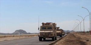 Yemenli eski bakan, Arap koalisyonu heyetinin, ayrılıkçı güçlerin kontrolündeki Sokotra'ya gittiğini açıkladı