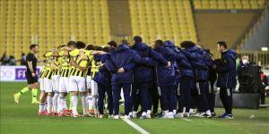Fenerbahçe zirve yarışında hata yapmadı